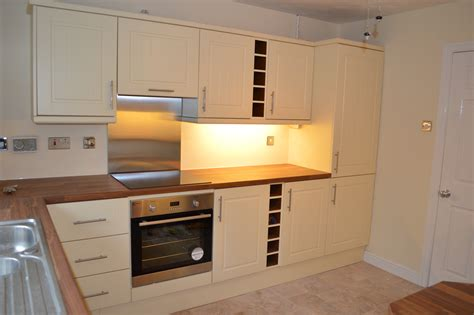 kitchen units kitchen makeovers replacement kitchen doors unit renovations