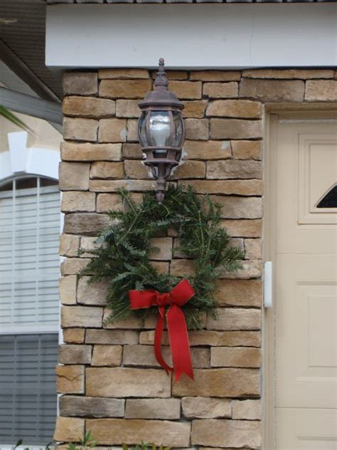 thrifty outdoor christmas wreaths saving the family money
