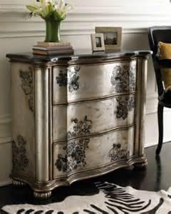 comment repeindre un meuble ancien en bois atelier