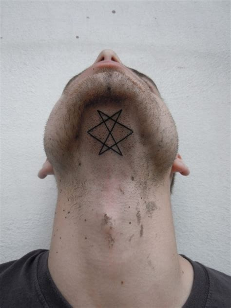 tattoo under neck geometric tattoos damn cool pictures