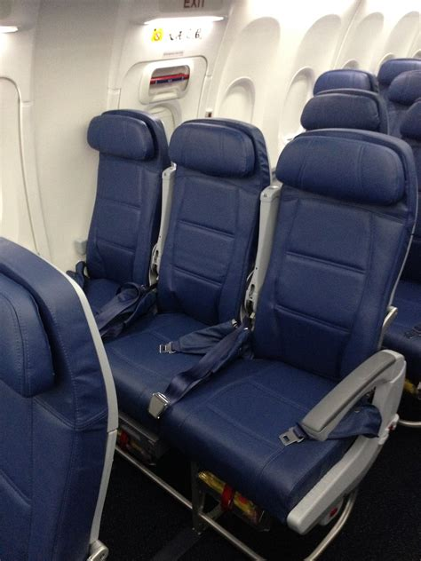 delta 737 800 economy comfort delta air lines 737 900er photos delta points travel blog