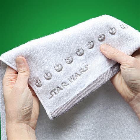 where to put hand towel in bathroom star wars han and leia hand towels thinkgeek