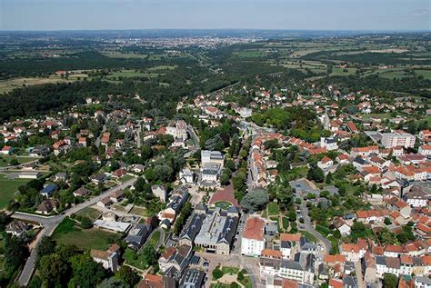 Office Tourisme Neris Les Bains by Venir 224 N 233 Ris Les Bains Office Du Tourisme De N 233 Ris Les