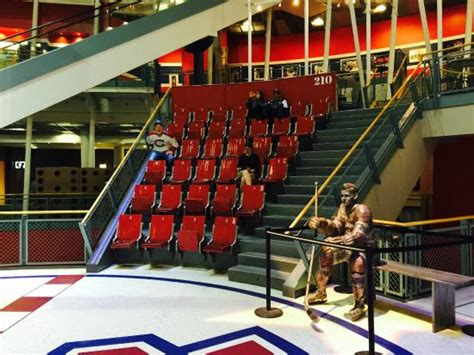 cineplex forum tiered seating remaining picture of forum de montreal