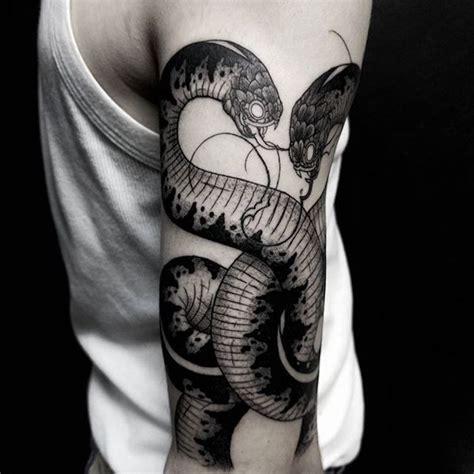 Kleine Tattoos Männer by Oberarm Tattoos Vorlagen Arabic Tattoos On Das Heilige