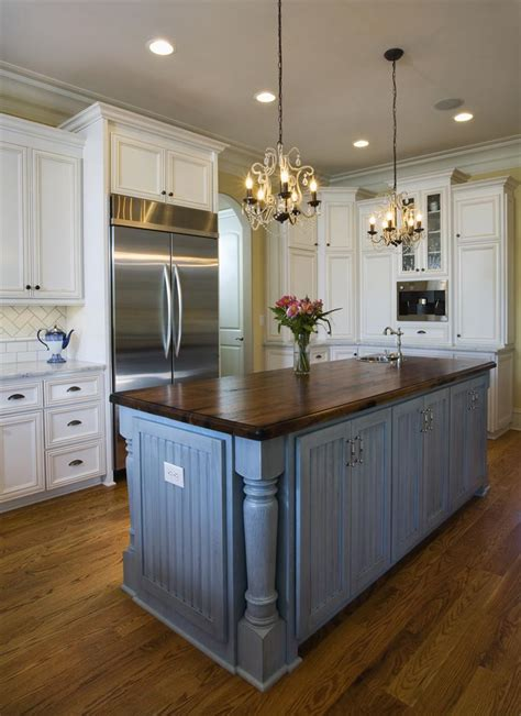 kitchen island on country kitchens