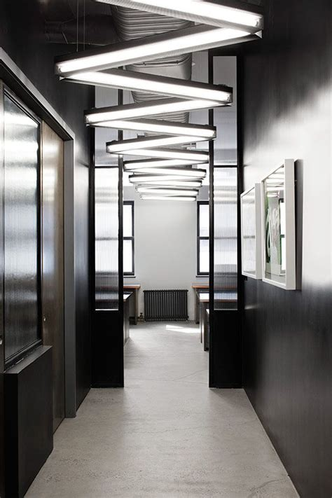 Office Ceiling Lighting Ideas by Best 20 Black Office Ideas On Office Spaces