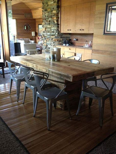 Pallet Wood Dining Table Diy Pallet Wood Dining Table 101 Pallets