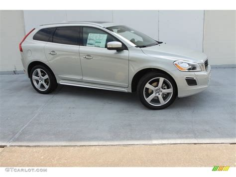 2013 volvo xc60 r design 2013 cosmic white metallic volvo xc60 t6 awd r design