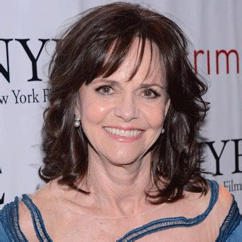 astrology sally field date of birth 19461106 sally field bio born age family height and rumor