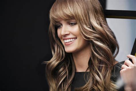 zlatna boja za kosu top moderne frizure za dugu kosu wallpapers