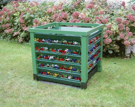 compostiera da giardino prezzi compostiera fai da te in legno costruzione passo passo