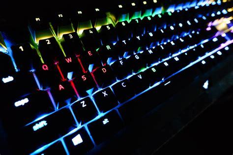Razer Blackwidow X Chroma Size razer blackwidow x chroma keyboard the awesomer