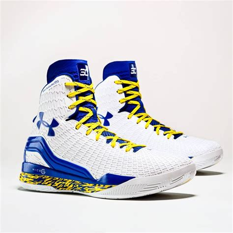 stephan curry basketball shoes stephen curry s home and away clutchfit drive pes kicks