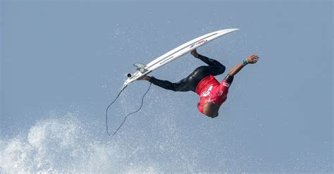 Branded Surfing Quiksilver Original 2015 iconic surf brand quiksilver s future is not looking swell