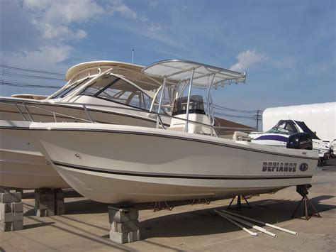 used defiance boats 2016 defiance 220 commander ex power boat for sale www