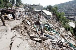 Pakistan Earthquake 2005 Essay by Earthquake In Pakistan Kashmir 2005