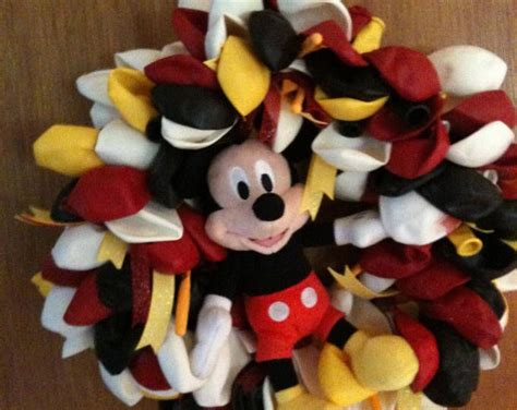 Mickey Paper Wreath