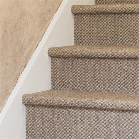 Poser Un Tapis D Escalier by R 233 Novation D Escalier En Sisal Maclou