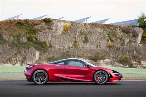 mclaren 720s 2018 mclaren 720s first drive teacher s pet motor trend