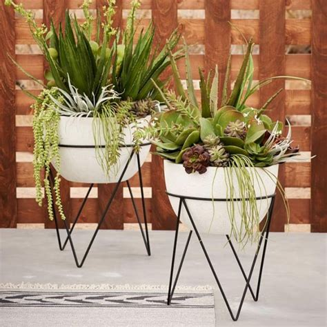 13 Modern Diy Plant Stands That Will Boost Your Creativity West Elm Wall Planter