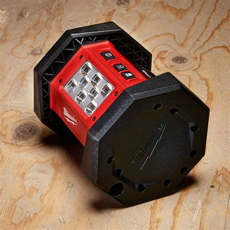 milwaukee m18 led work light milwaukee 2361 20 m18 18 volt led flood light bare tool