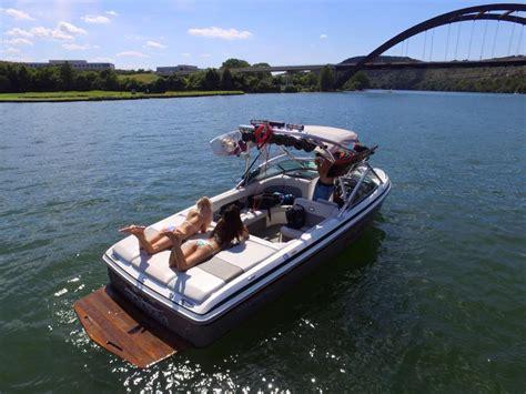 austin weekend boat rental atx wake adventures lake travis