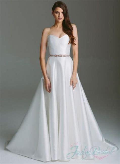 White Lien Wedding Dresses by Simple Plain White Sweetheart Neckline A Line Wedding