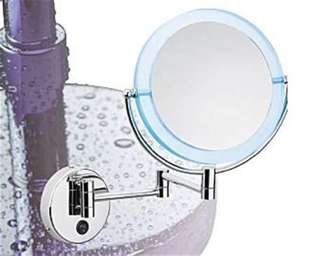 specchio ingranditore illuminato specchio ingranditore illuminato a led