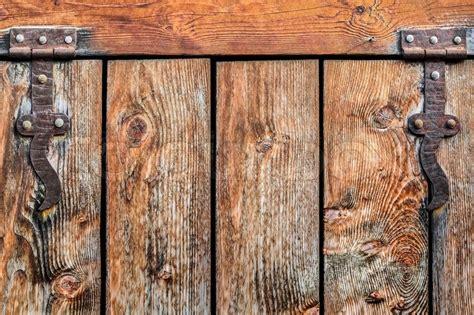schiebetür holz rustikal antiquit 228 t rustikal pine holz t 252 r mit schmiedeeisen