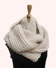 Knit Infinity Scarf Pattern Wedding Knitting Patterns 171 Free Patterns