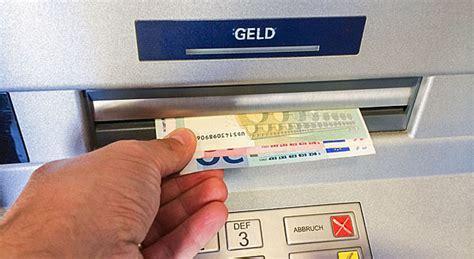 geld anlegen bank bankgeb 252 hren warum viele bankkunden bald mehr f 252 rs