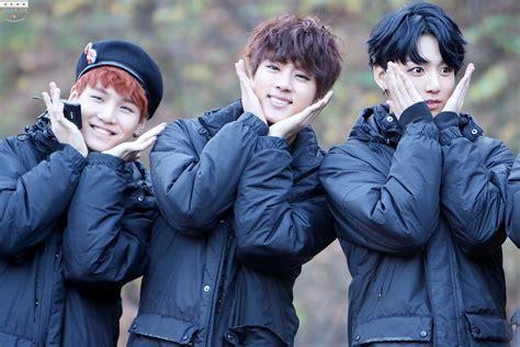 Bts Suga Fan Kipas By Suga Maximum picture fansitesnap bts mini fan meeting at inkigayo