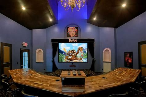 home theater design nashville tn quot gatlinburg movie mansion quot luxury theater room cabin