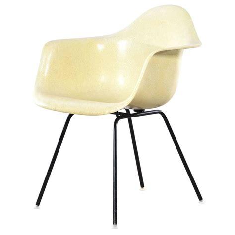Herman Miller Dining Chair Eames Lemon Yellow Dax Dining Chair For Herman Miller At 1stdibs