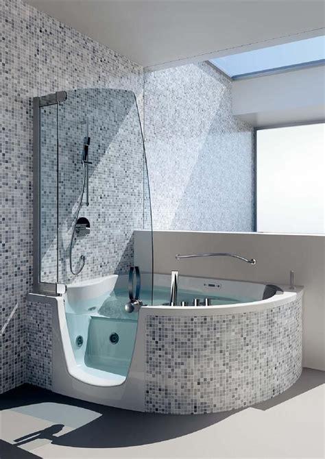 baignoire en mosaique baignoire d angle combin 233 salle bain en 2018