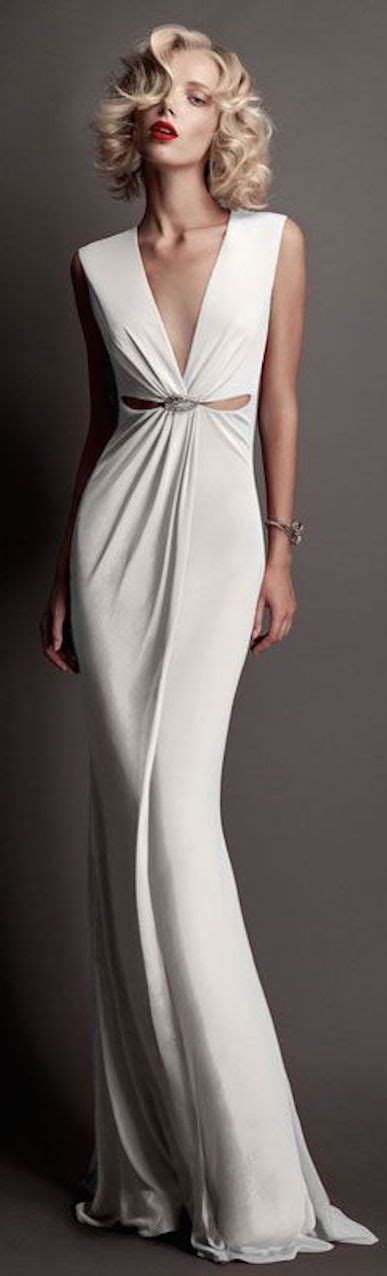 Dress Fashion Simpel Elegan 25 best ideas about silk gown on chagne