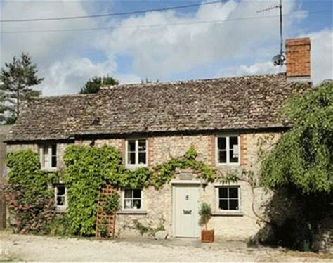 Cottages For Sale In The Uk by Delightful Cotswolds Cottage For Sale Country