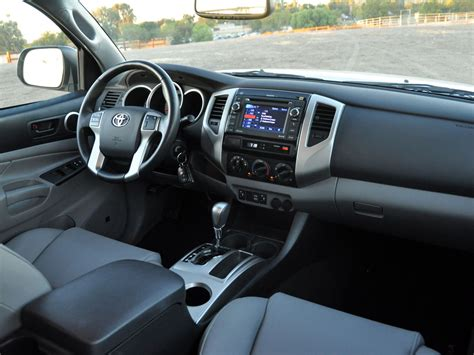 Toyota Tacoma 2013 Interior by 2013 Toyota Tacoma Interior Wallpaper 1024x768 40824