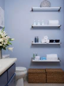 Diy Decorating Ideas For Small Bathrooms 10 Savvy Apartment Bathrooms Hgtv