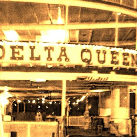 paddle boat chattanooga tn delta queen chattanooga tn favorite places and pics