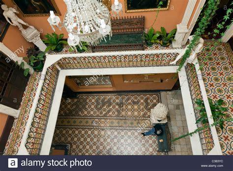 bench en español interior of spanish colonial mansion hotel espa 241 a lima