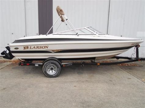 larson travis edition boats larson new and used boats for sale