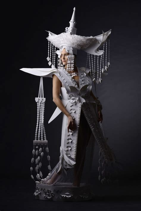 craft costumes folkloric costumes paper craft 12 fubiz media