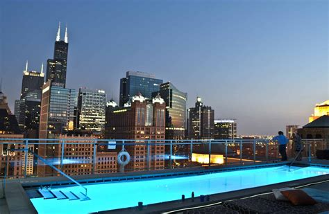 Chaise Lounges Chicago Penthouse Rental Luxury Chi Penthouse Rental G2g