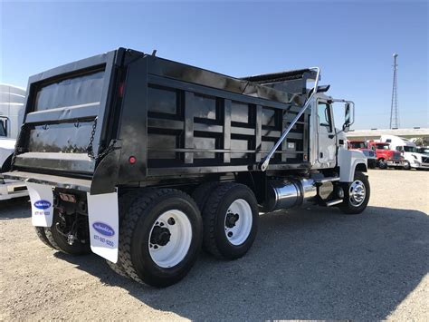 used mack trucks used 2012 mack chu613 dump truck for sale in ms 6725