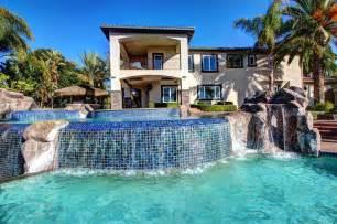Big houses pool second sun co