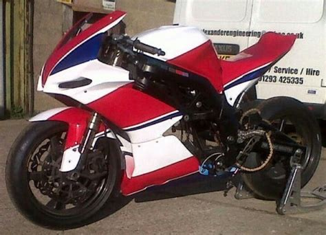 Suzuki Sv650 Race Fairing Same Suzuki Sv650 But With Aprilia Race Bodywork Fro Elp