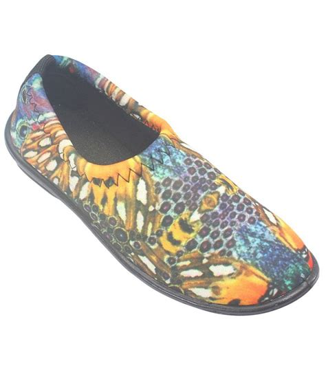 trendy shoes 7teen trendy yellow casual shoes price in india buy 7teen