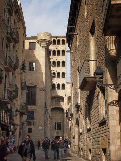 barcelona quarters barcelona barri gotic gothic quarter spain